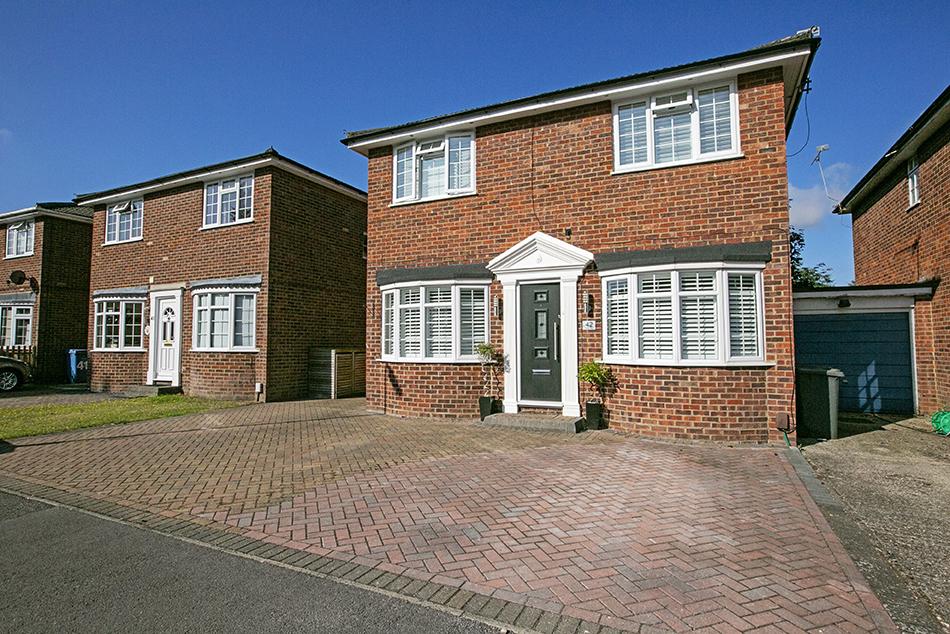 4 bedroom detached house, Tudor Way, Fleet, Hampshire, GU52